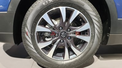 Maruti Suzuki S Cross Petrol Alloy Wheel Auto Expo
