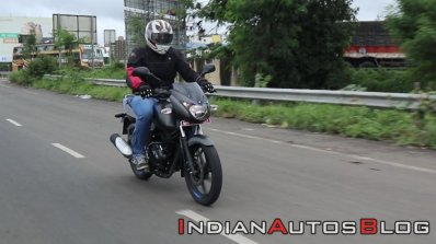 Bajaj Pulsar 125 Action Shot Right Front Quarter A