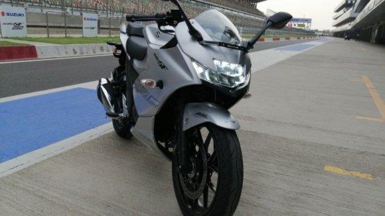 Suzuki Gixxer SF 250 : ट्रैक टेस्ट रिव्यू