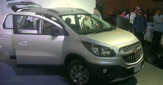 Indonesia Chevrolet Spin Activ Launched At Rs 1072 Lakh