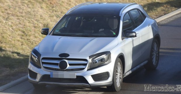 Mercedes Gla Facelift With Amg Kit Spotted Undisguised