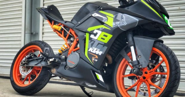 KTM RC 390 With RCX2 Race Kit By Autologue Design
