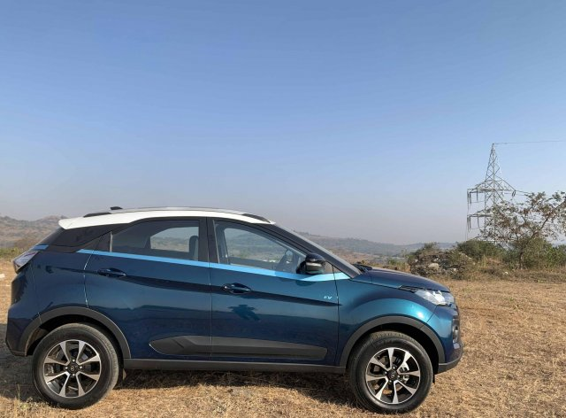 Tata Nexon Ev Side Profile Images