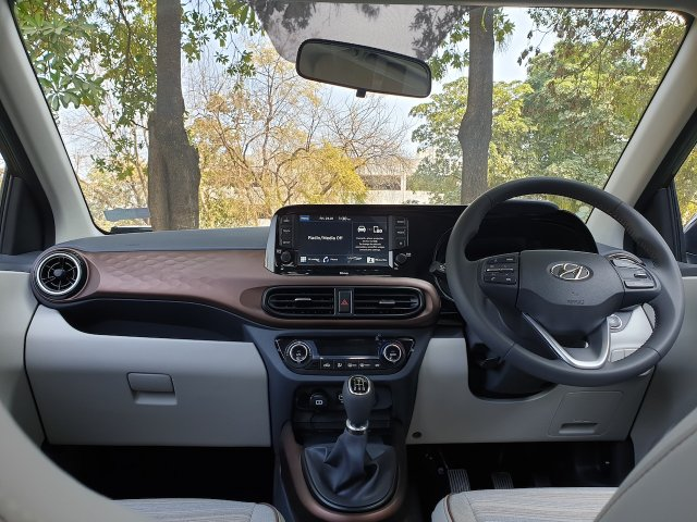 Hyundai Aura Review Images Interior Dashboard 2