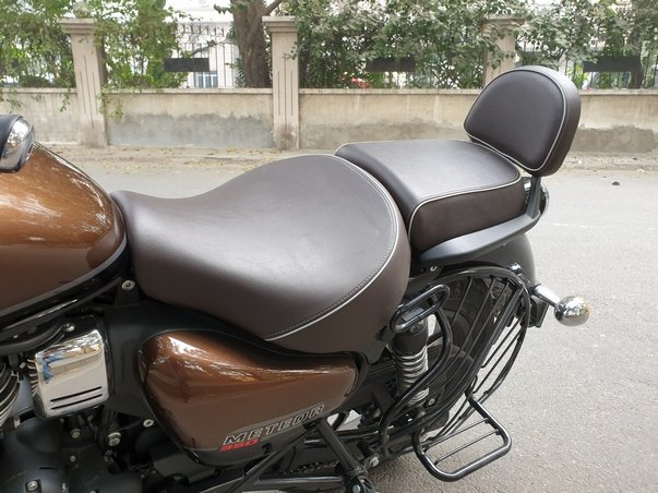 Royal Enfield Meteor First Ride Review Split Seat