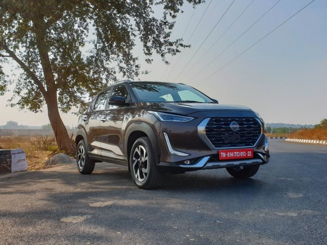All New Nissan Magnite First Review Side Right
