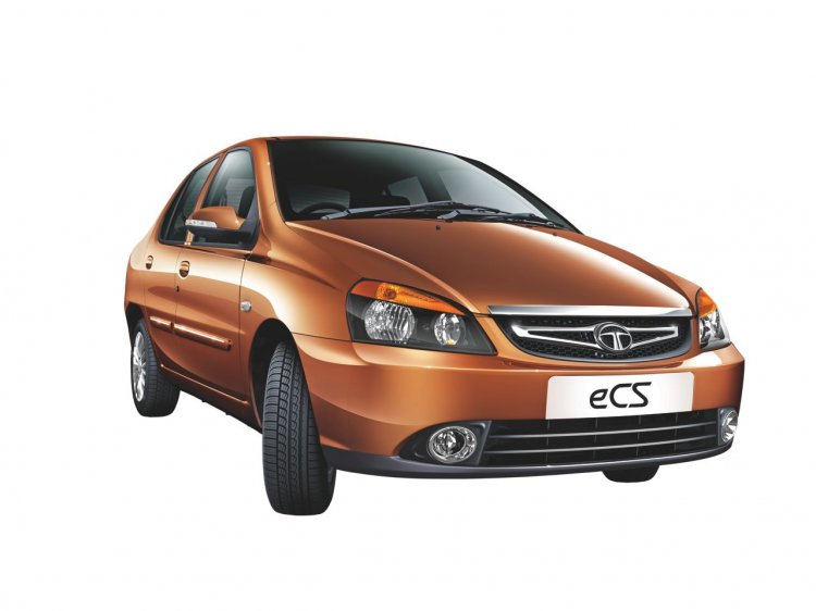 2013 Tata Indigo eCS wheels turned