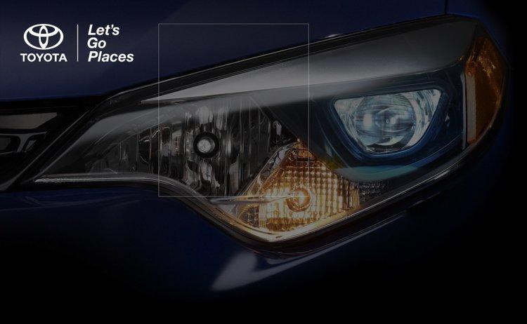 2014 Toyota Corolla headlight