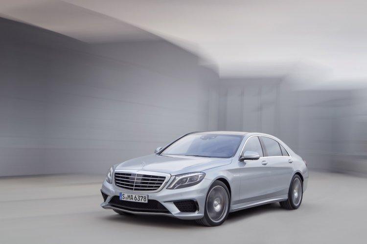 2014-Mercedes-Benz-S63-AMG