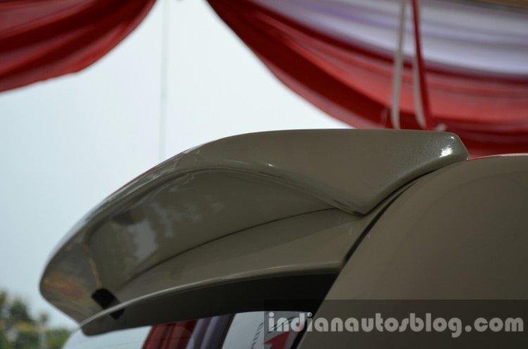 Mitsubishi Pajero Sport Anniversary Edition spoiler