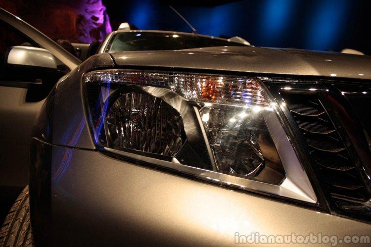 Nissan Terrano headight