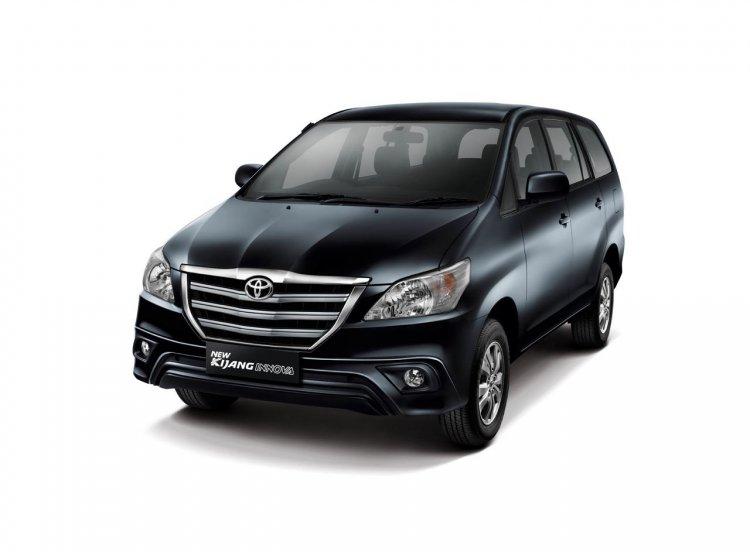 2013 Toyota Innova facelift front