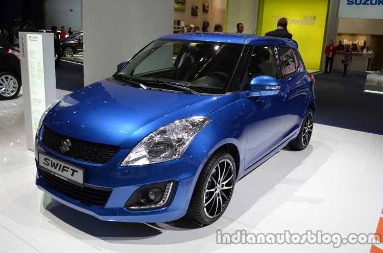 Front three quarter of the 2014 Suzuki Swift facelift