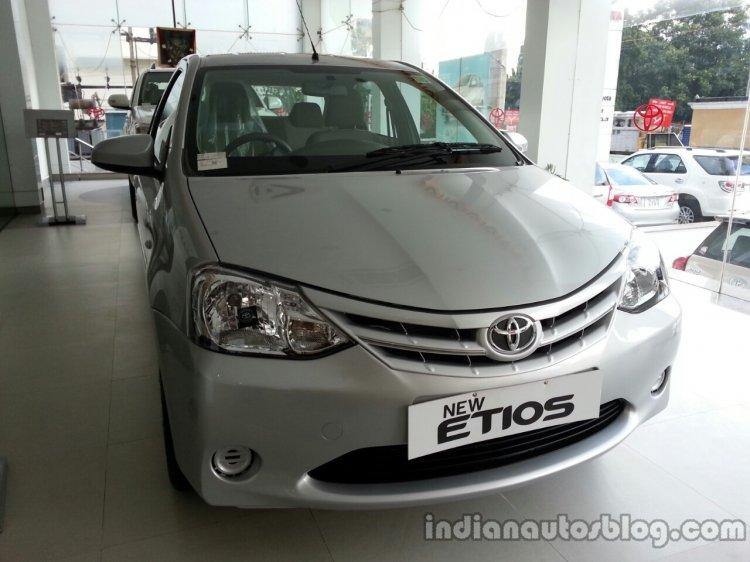 Toyota Etios Xclusive front