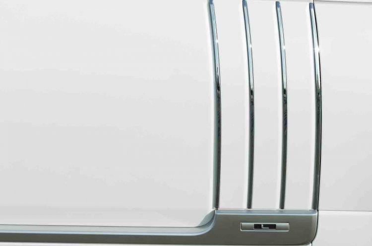 2013 Range Rover Long Wheelbase side vent