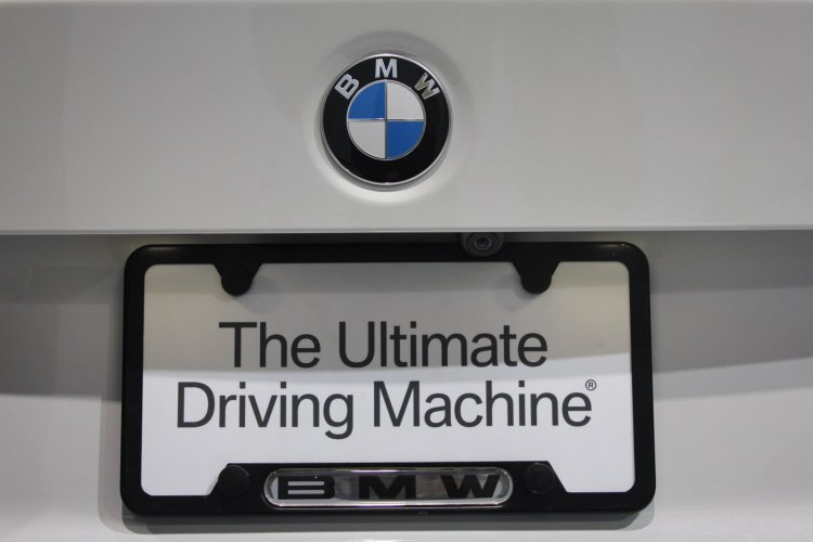 BMW 4 Series Convertible registration plate