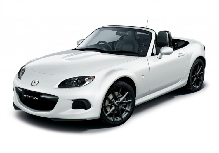 Mazda MX-5 facelift press image