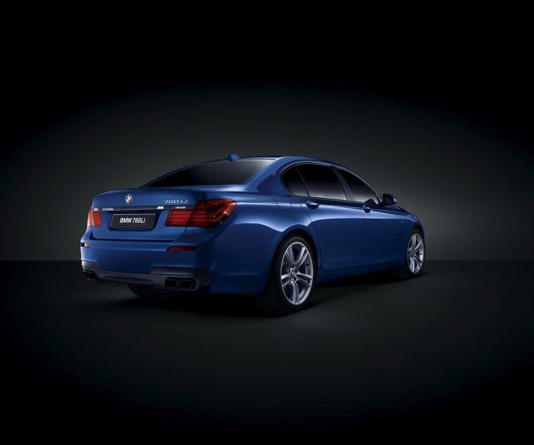 BMW 760Li V12 M Bi-Turbo special edition rear