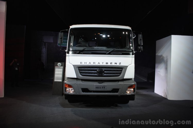 BharatBenz 4023 front
