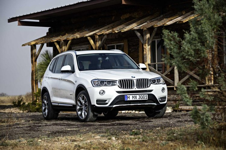 2015 BMW X3 facelift press shot front