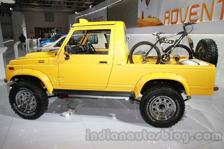 Maruti Gypsy Escapade side profile live