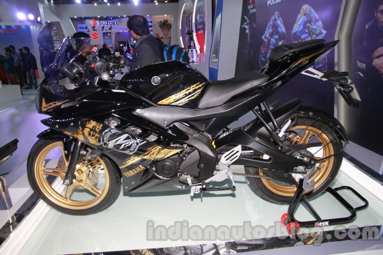 Yamaha R15 Special Edition Auto Expo side