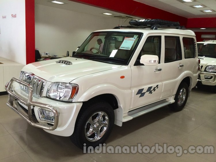 Mahindra Scorpio special edition front three quarters live