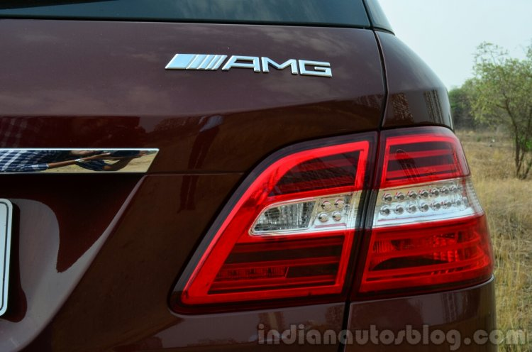 Mercedes-Benz ML 63 AMG Review taillight