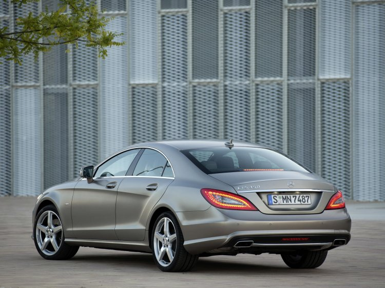 2012 mercedes benz CLS press shot rear