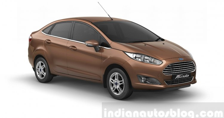 2014 Ford Fiesta front three quarters official image