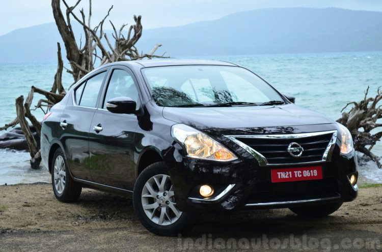 2014 Nissan Sunny facelift diesel review front three quarter view