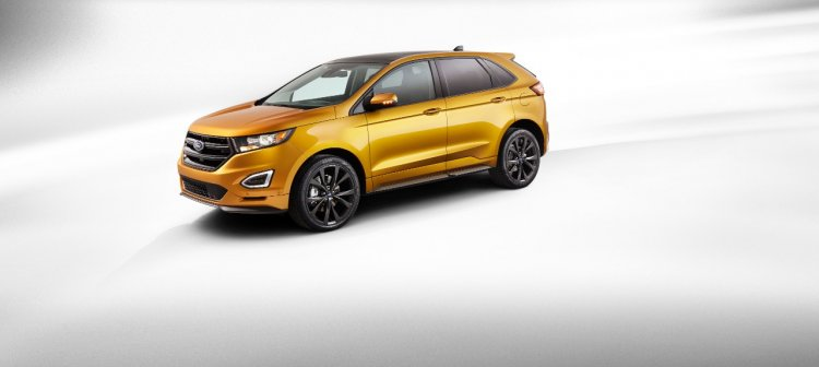 2015 Ford Edge Sport official image front three quarters