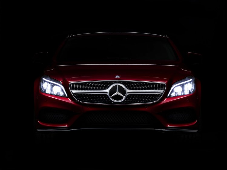 2015 Mercedes CLS facelift teased press shot
