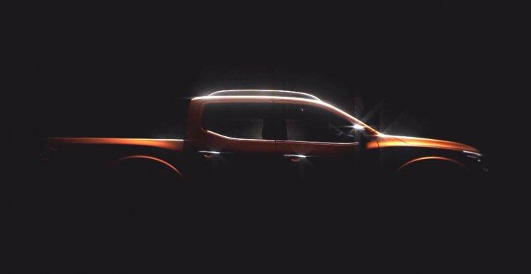 2015 Nissan Navara side profile teaser video