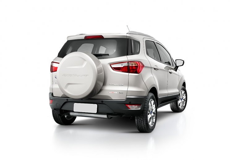 2015 Ford Ecosport press shot silver
