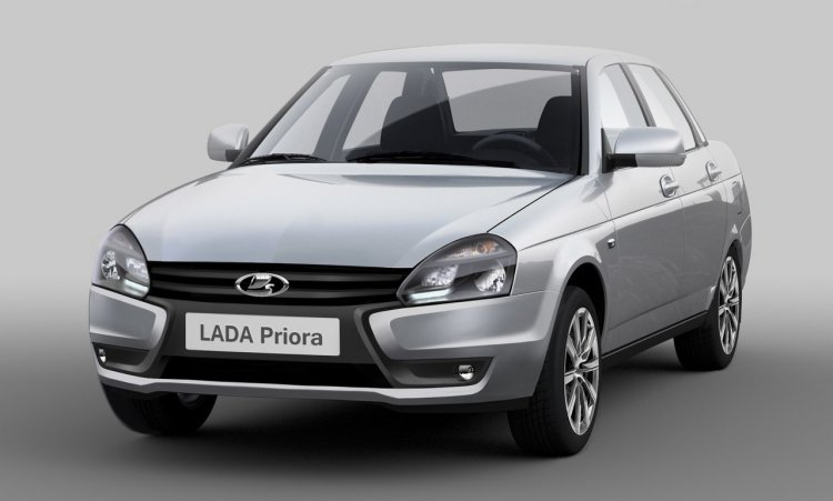 Lada Priora facelift first press shot