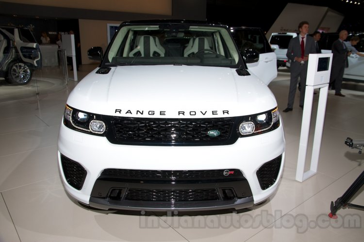 Range Rover Sport SVR at the 2014 Moscow Motor Show front
