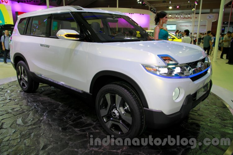 Daihatsu SUV Concept at the 2014 Indonesia International Motor Show front quarter