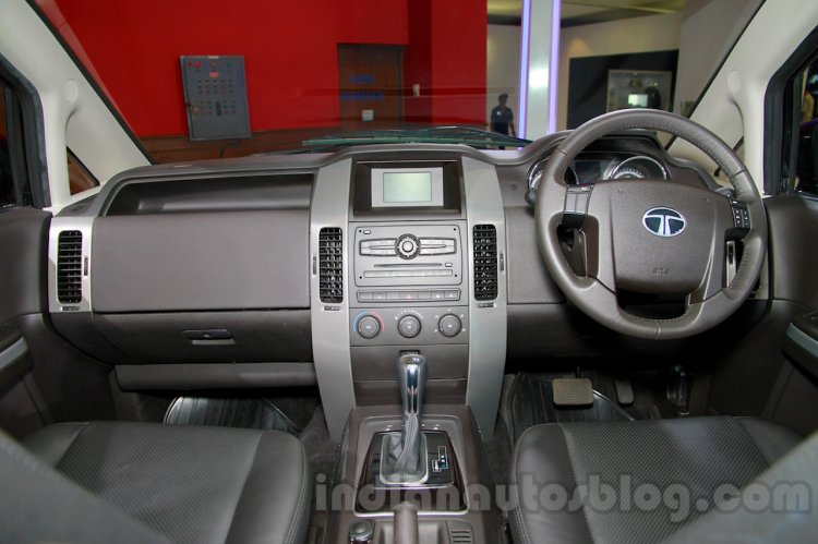 Tata Aria AT A-Tronic at the 2014 Indonesia International Motor Show interior