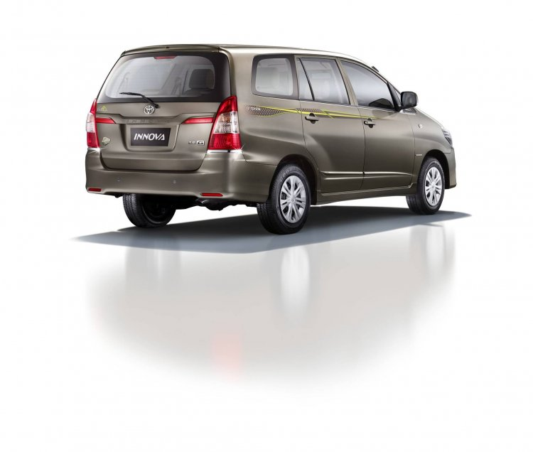 Toyota Innova Limited Edition press shot rear