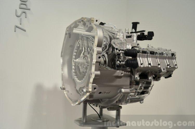 Hyundai 7-speed dual-clutch transmission three quarters at the 2014 Paris Motor Show