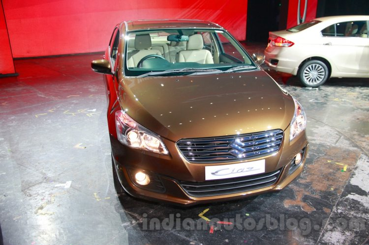 Maruti Ciaz front three quarter