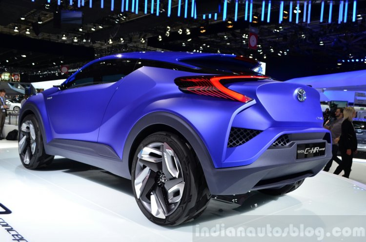 Toyota C-HR Concept rear three quarters left at the 2014 Paris Motor Show