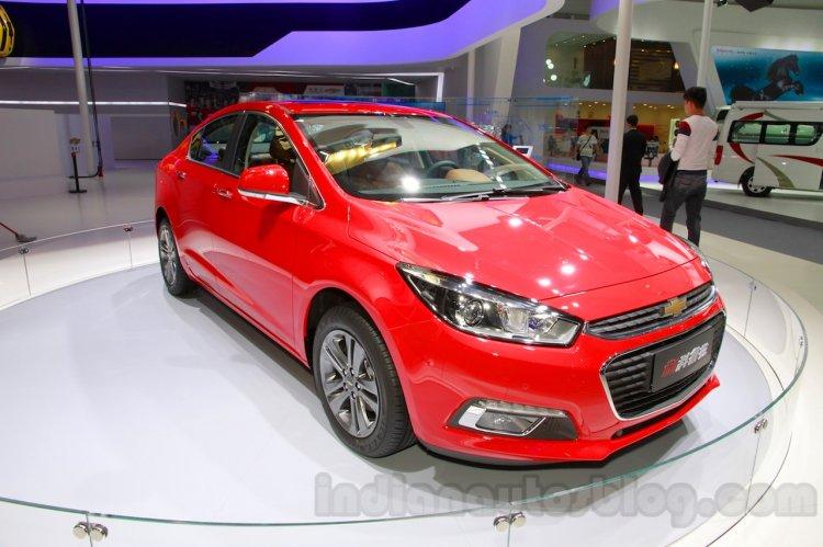 2015 Chevrolet Cruze front quarters at Guangzhou Auto Show 2014