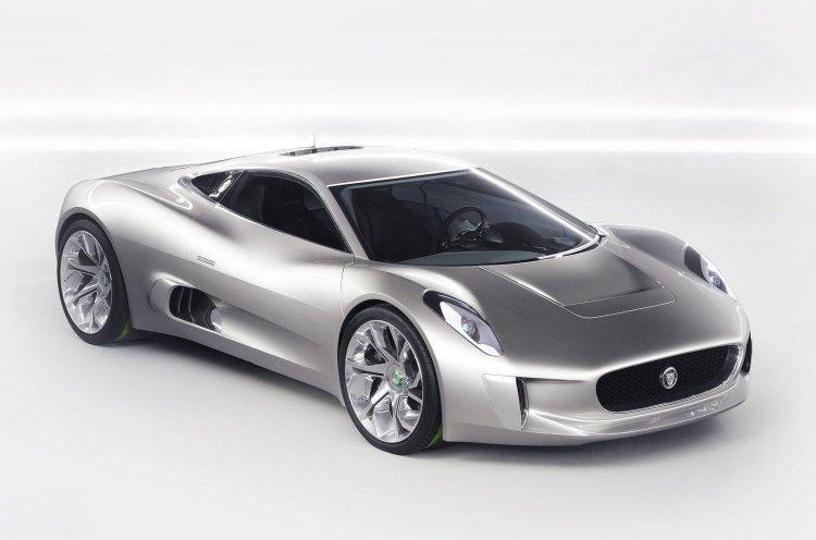 Jaguar C-X75 Concept front three quarters