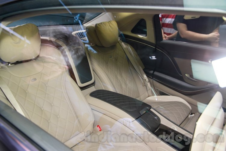 Mercedes-Maybach S600 rear seats at the 2014 Guangzhou Auto Show