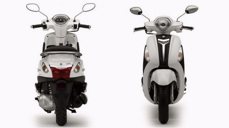 Yamaha Nozza Grande front and rear