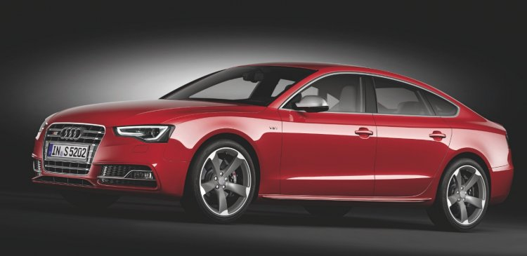 Audi S5 Sportback front press shot