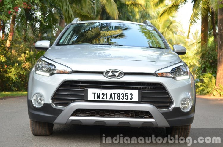 Hyundai i20 Active Diesel front Review
