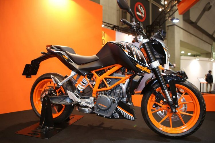 KTM 250 Duke at the Tokyo Motorcycle Show